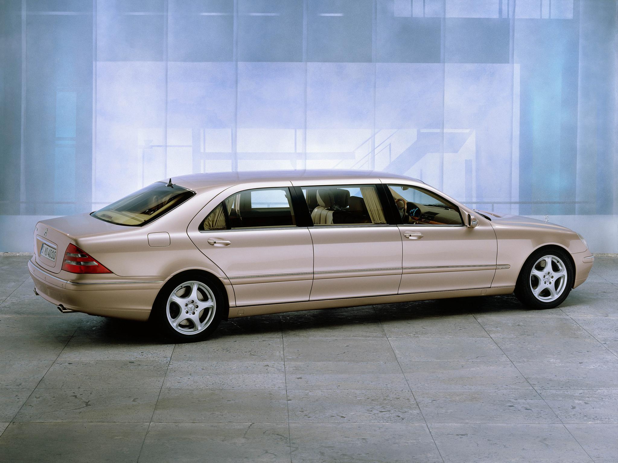 Mercedes S Pullman back