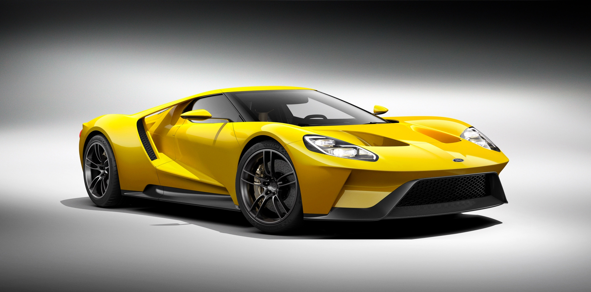 Ford GT yellow