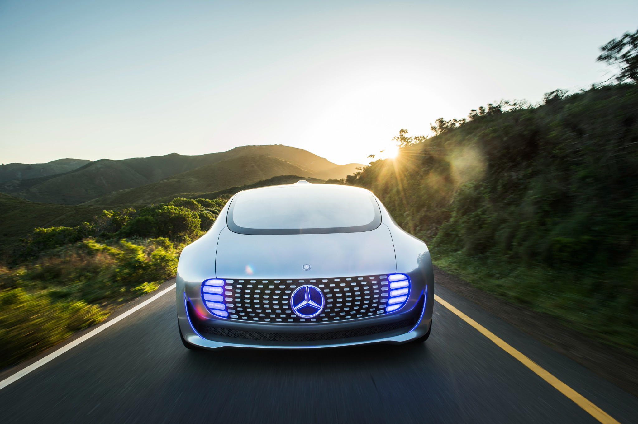 mercedes-benz_f_015_luxury_in_motion_3