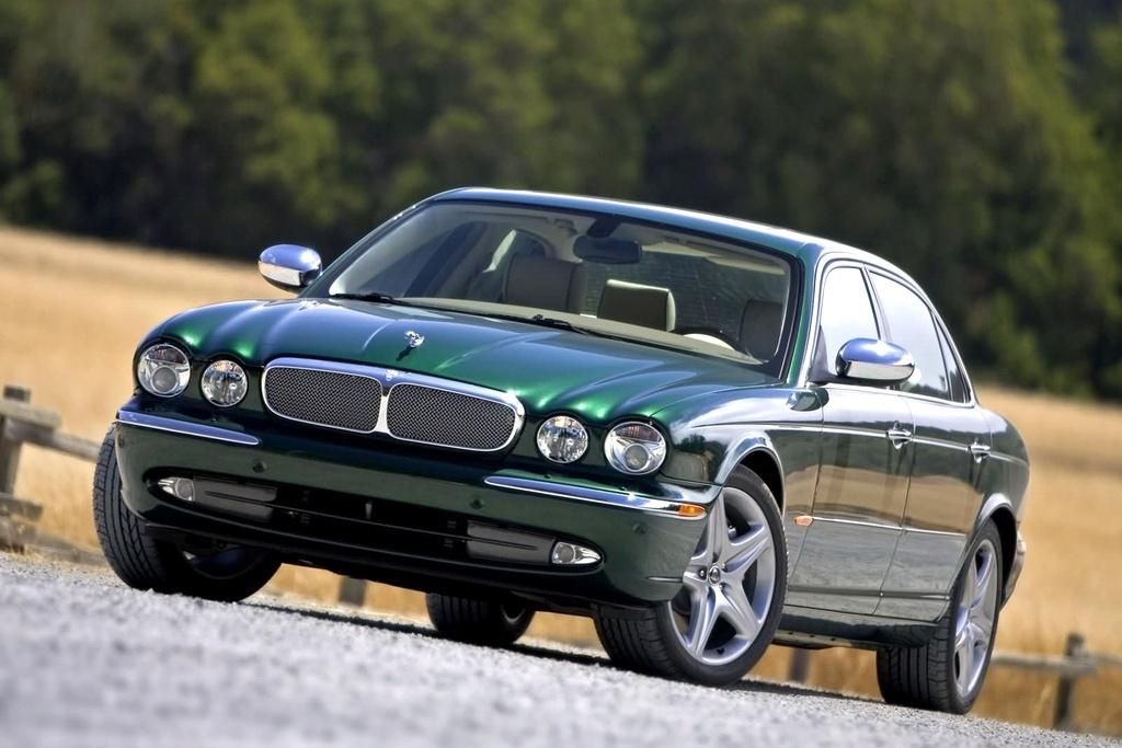 Jaguar XJ (2003 - 2007)