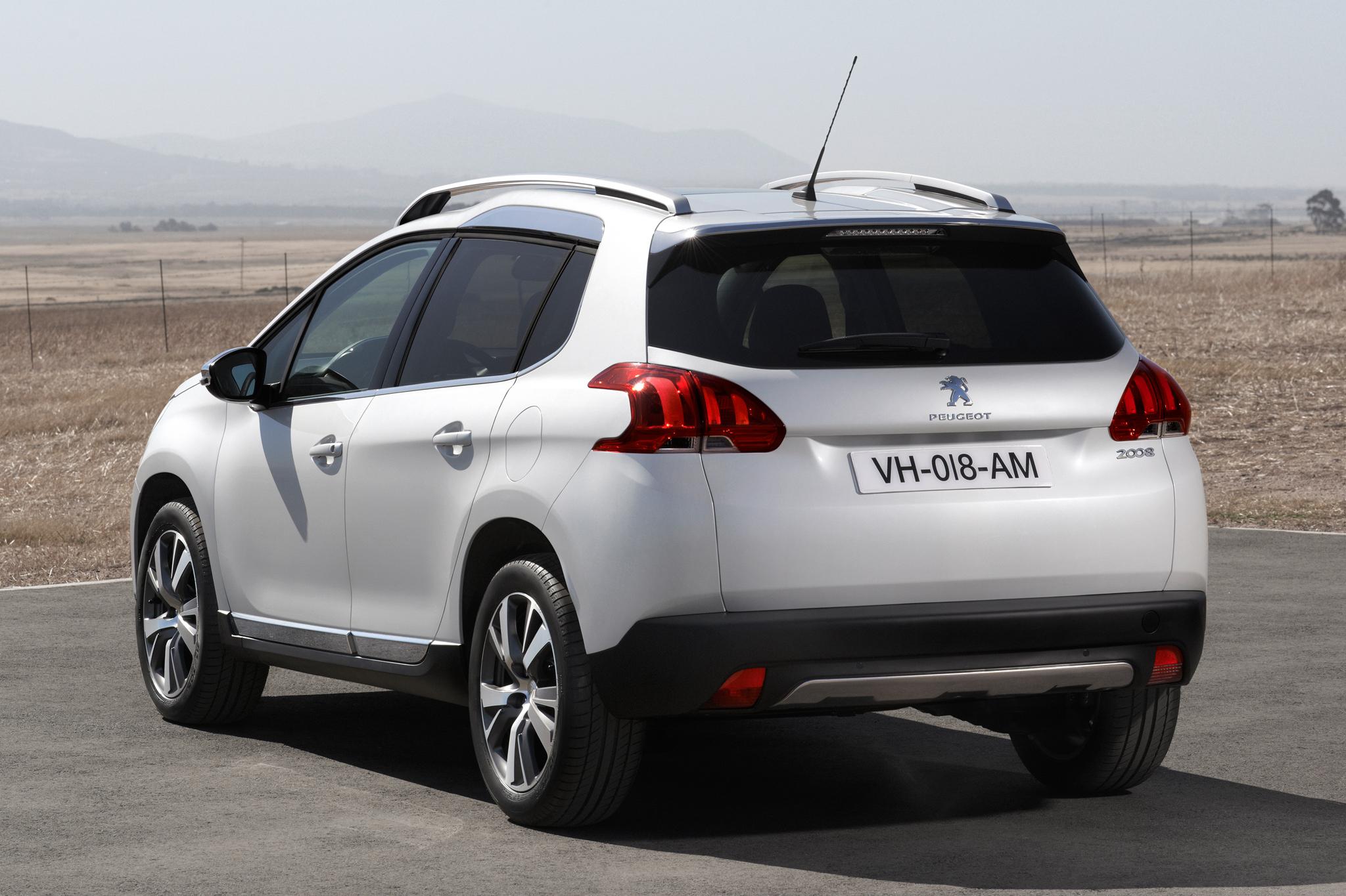 3 Peugeot 2008
