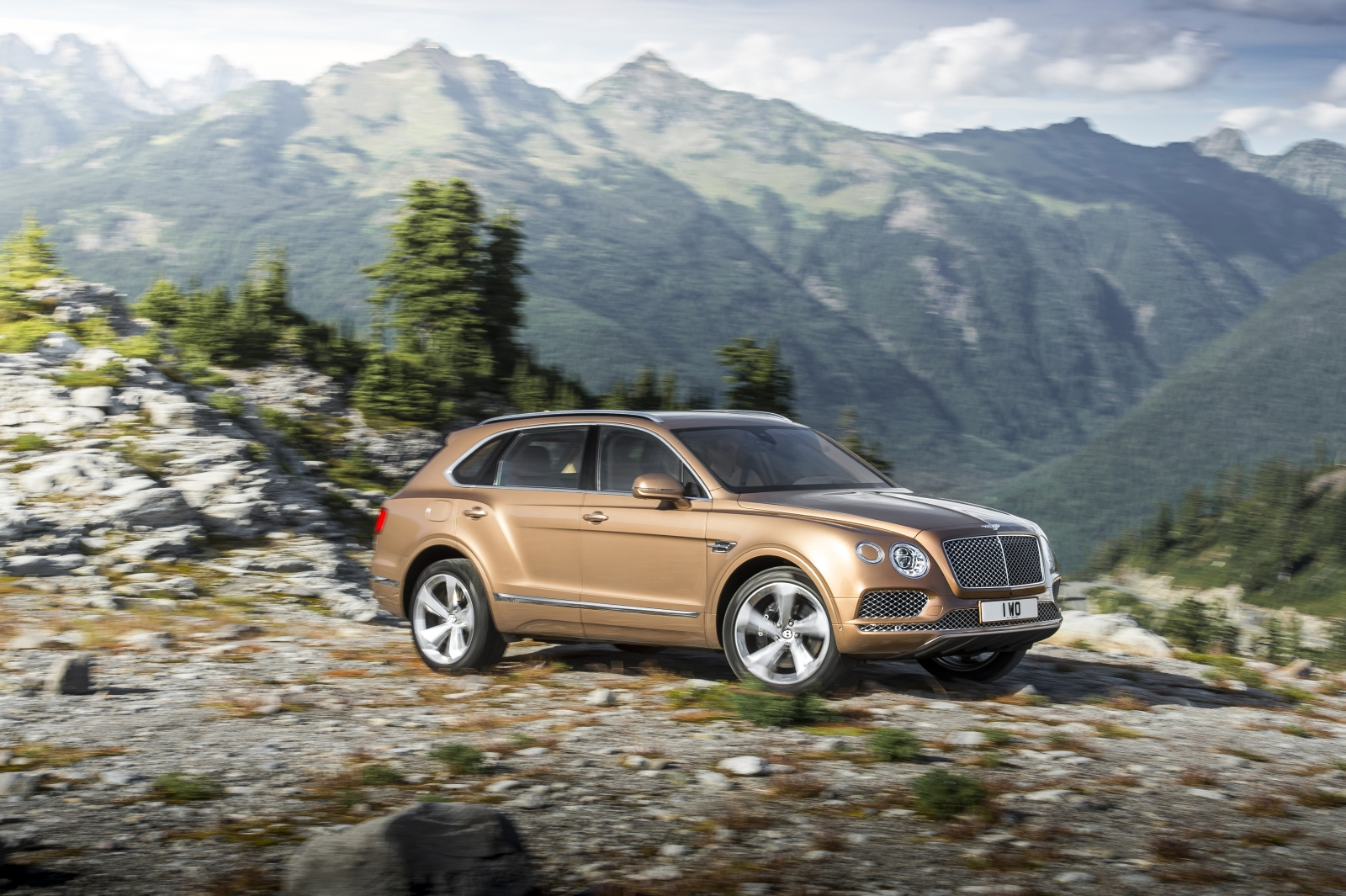 Bentley Bentayga Autovisie 007