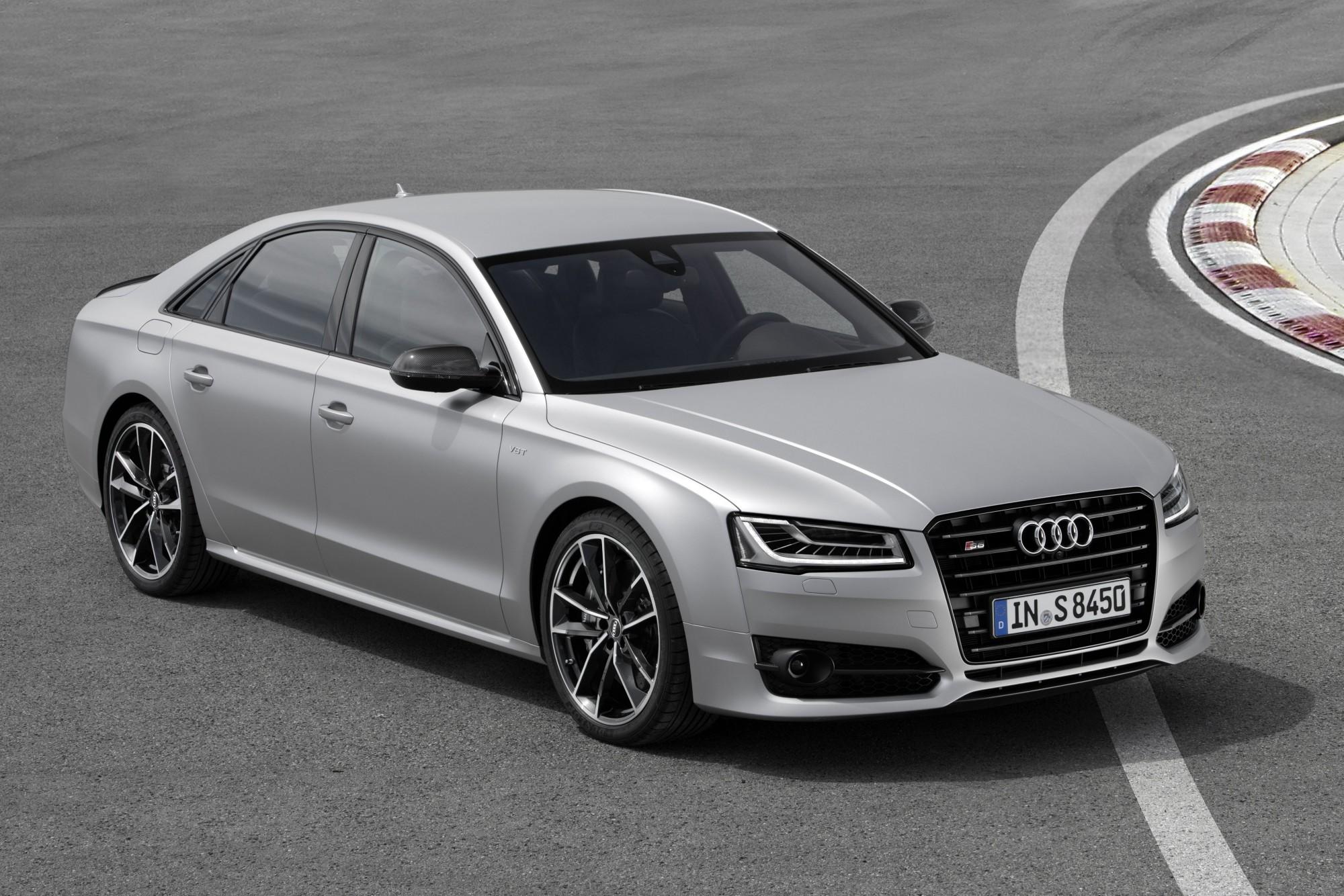 5 Audi S8 Plus