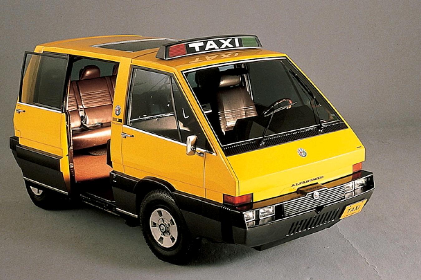 TAXI Alfa Romeo NYC Taxi