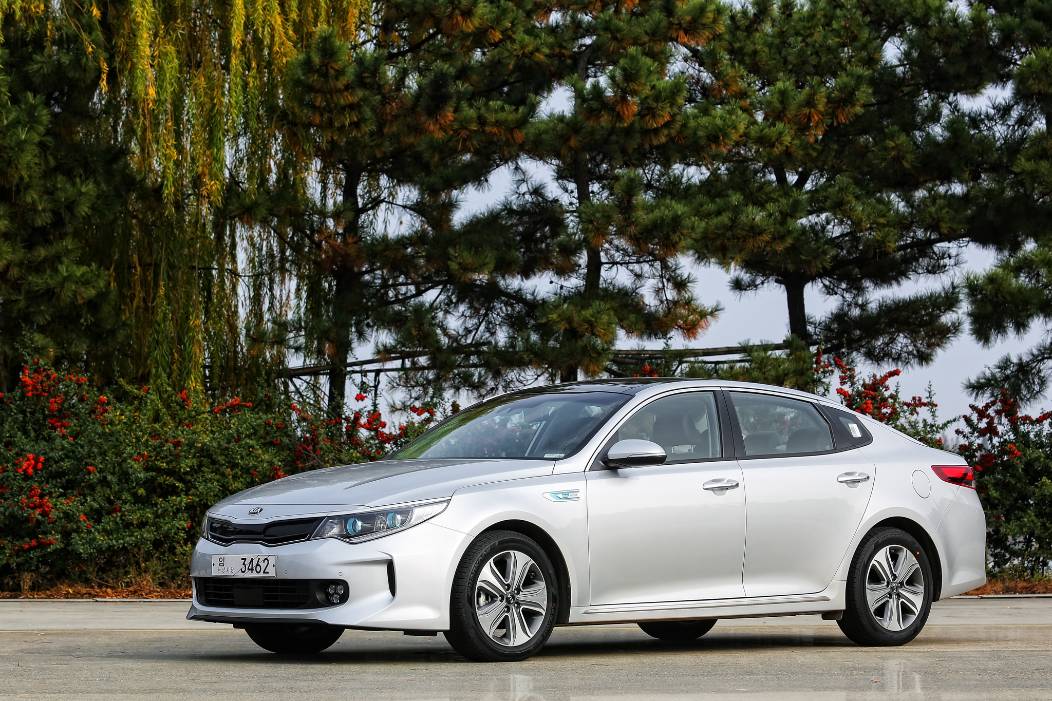 Kia Optima PHEV 001
