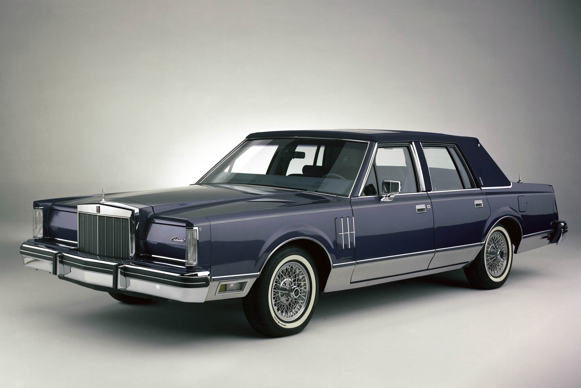 lincoln_continental_mark_vi_pucci_edition_sedan_1