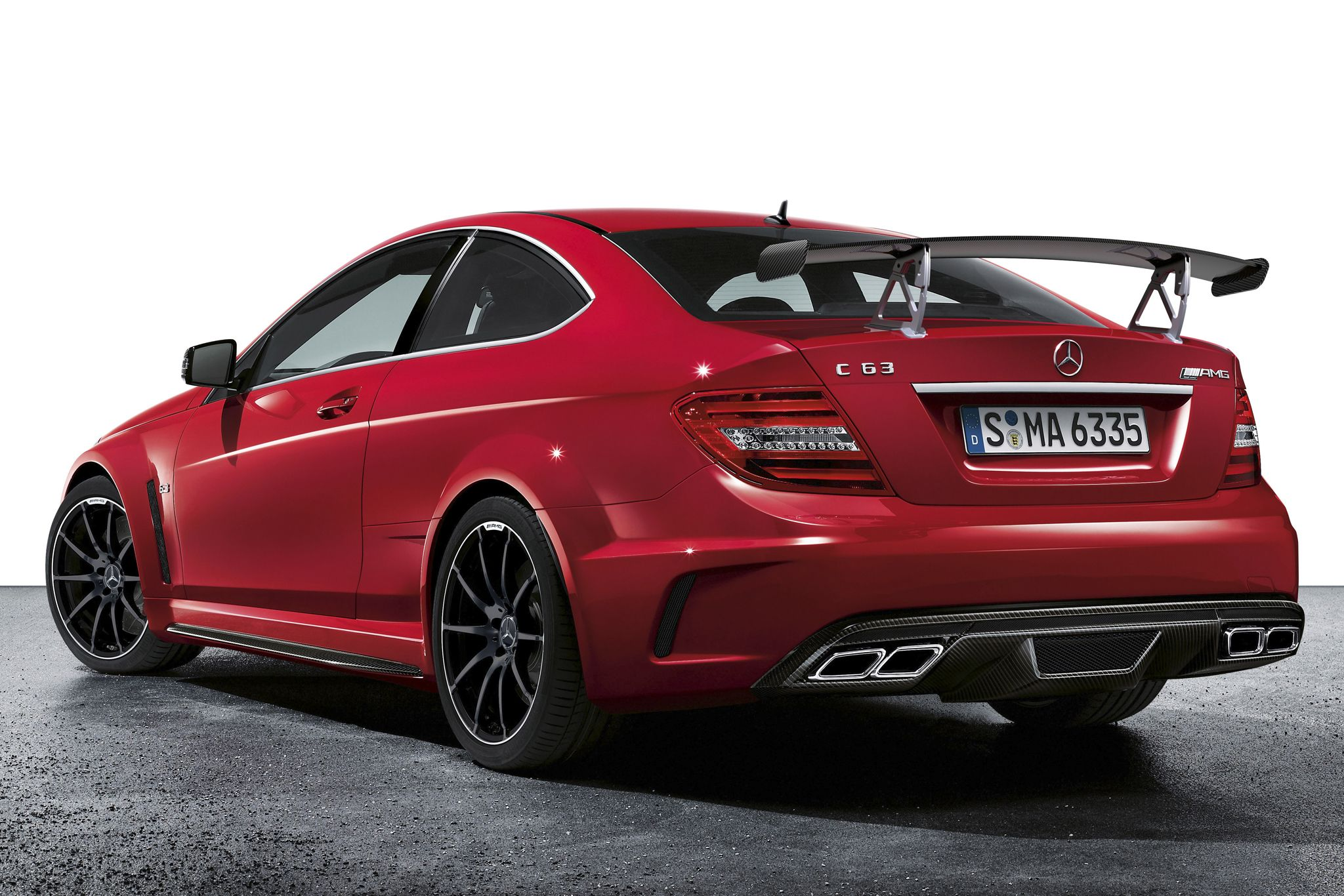 mercedes-benz_c_63_amg_black_series_coupe_29
