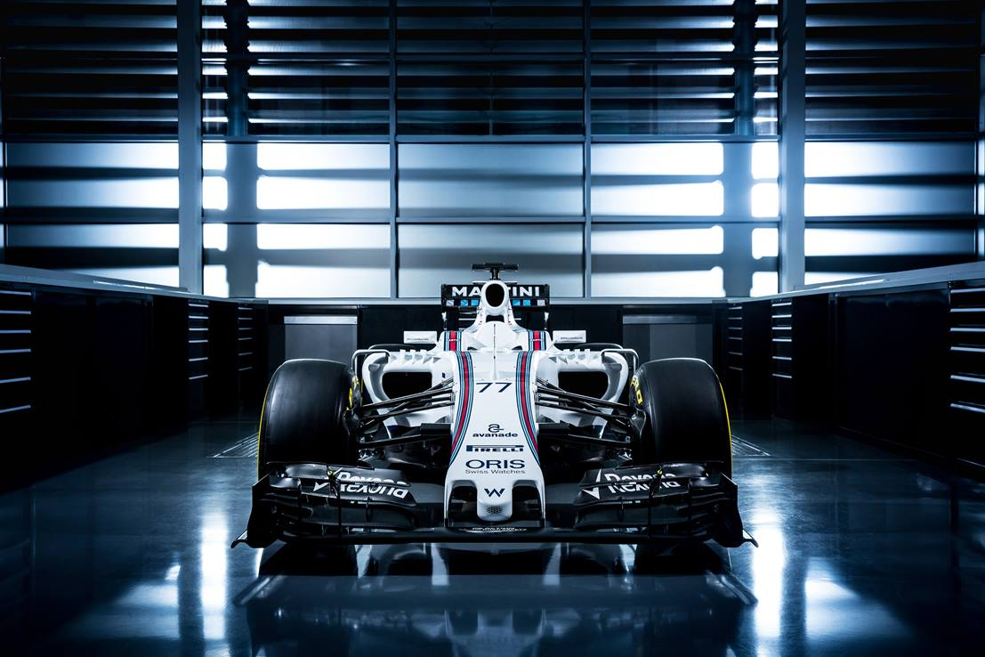 De Williams FW38. Nog altijd in de kleuren van Martini. Foto: Williams