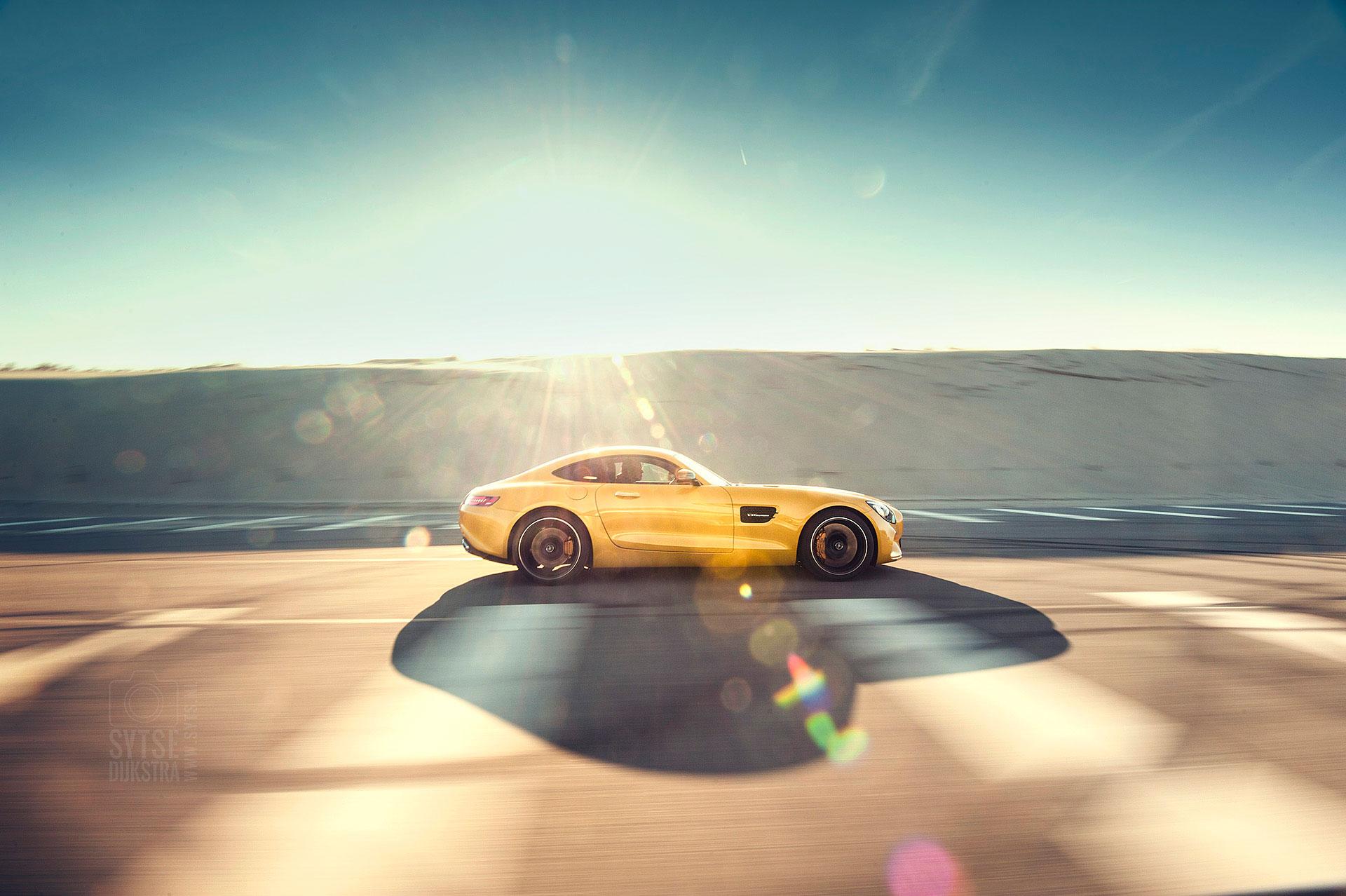 Mercedes-AMG-GT-Porsche-911-turbo-001