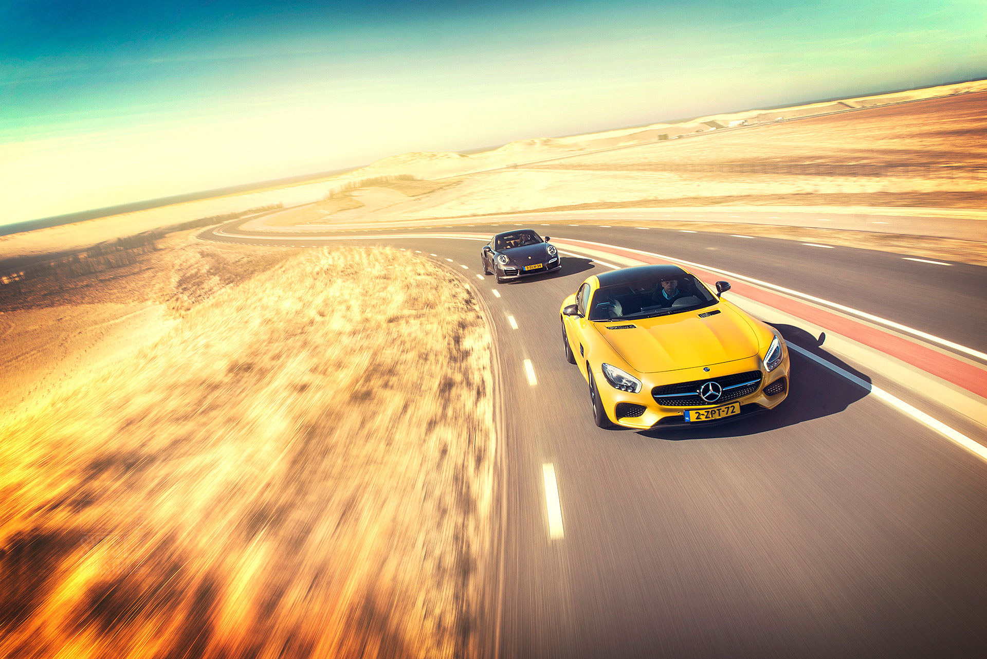 Mercedes-AMG-GT-Porsche-911-turbo-006