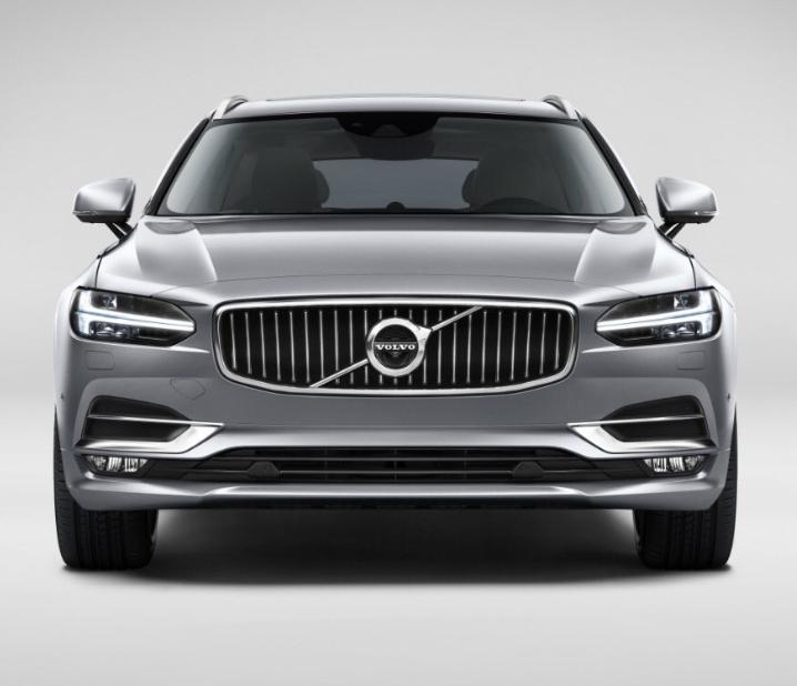 De neus van de nieuwe Volvo V90. Vrijwel identiek aan die van de S90.