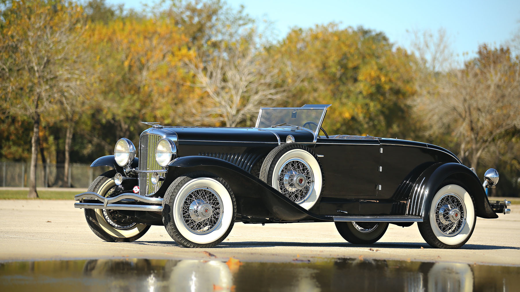 1931-duesenberg-model-j-disappearing-top-convertible-coupe-0-1