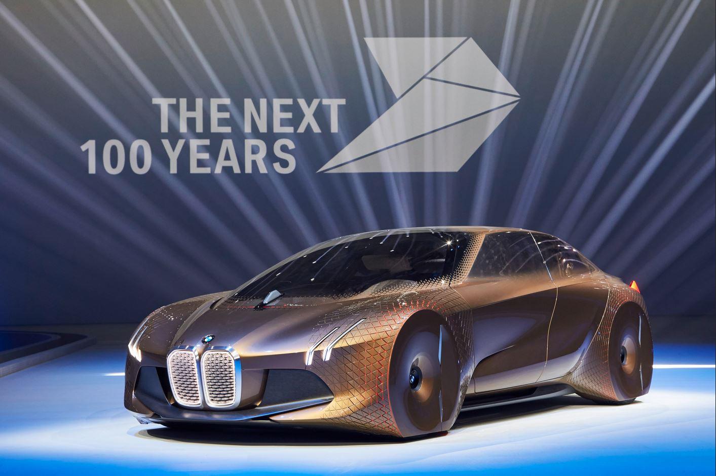 BMW Vision Next 100[4]