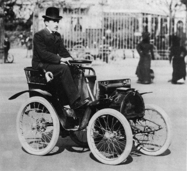renault-first-car.JPG.ximg.l_6_m.smart