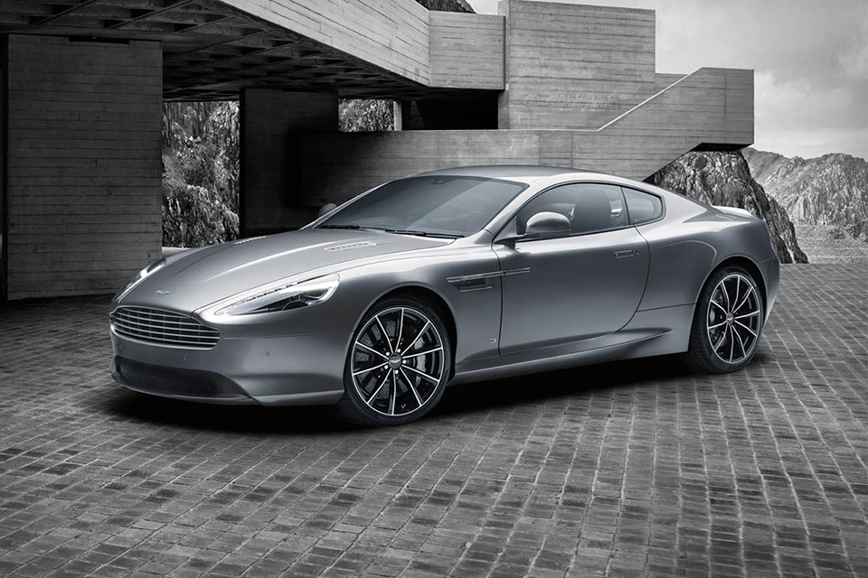 aston-martin-db9-bond-1