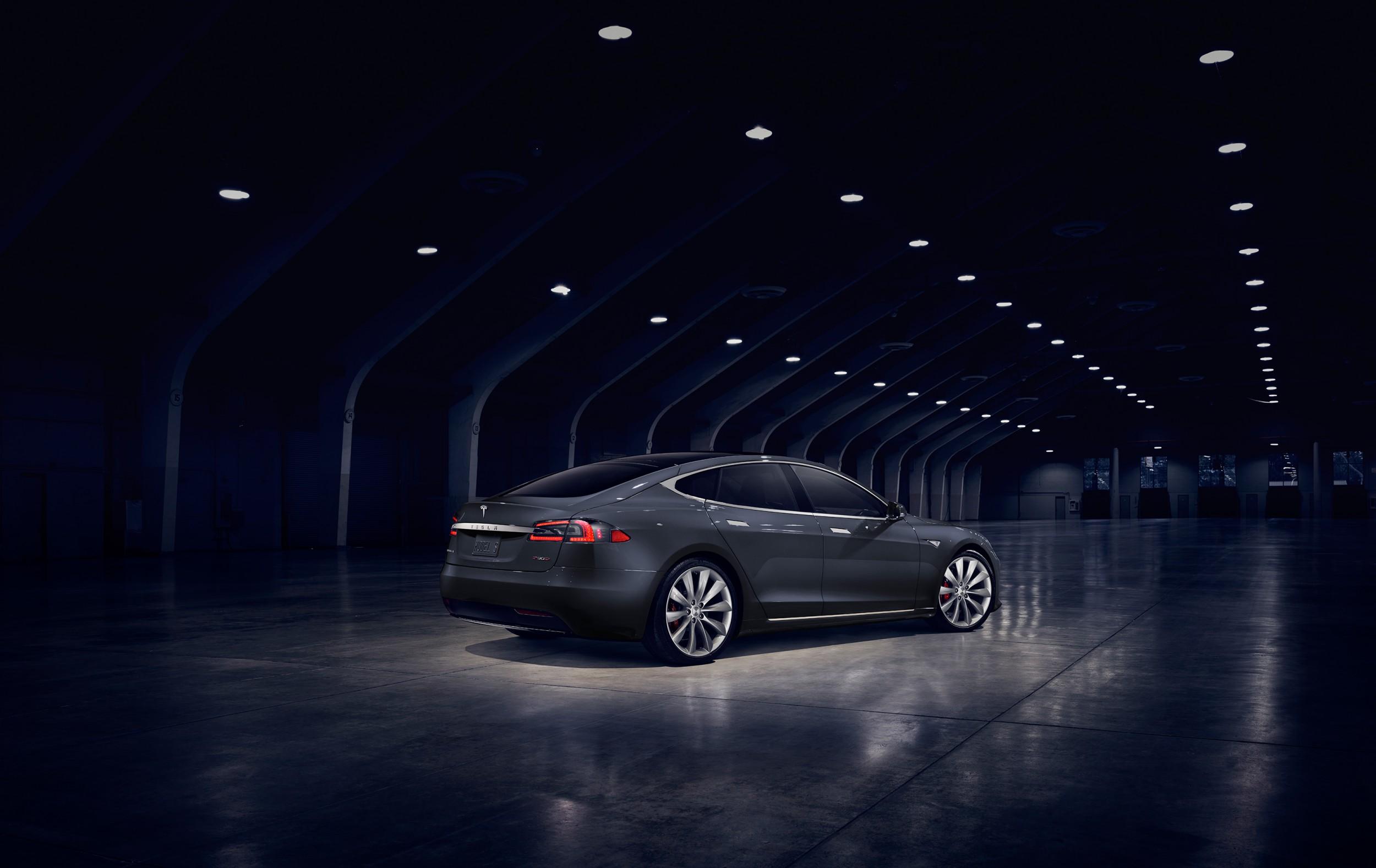 Tesla Model S P90D Autovisie.nl