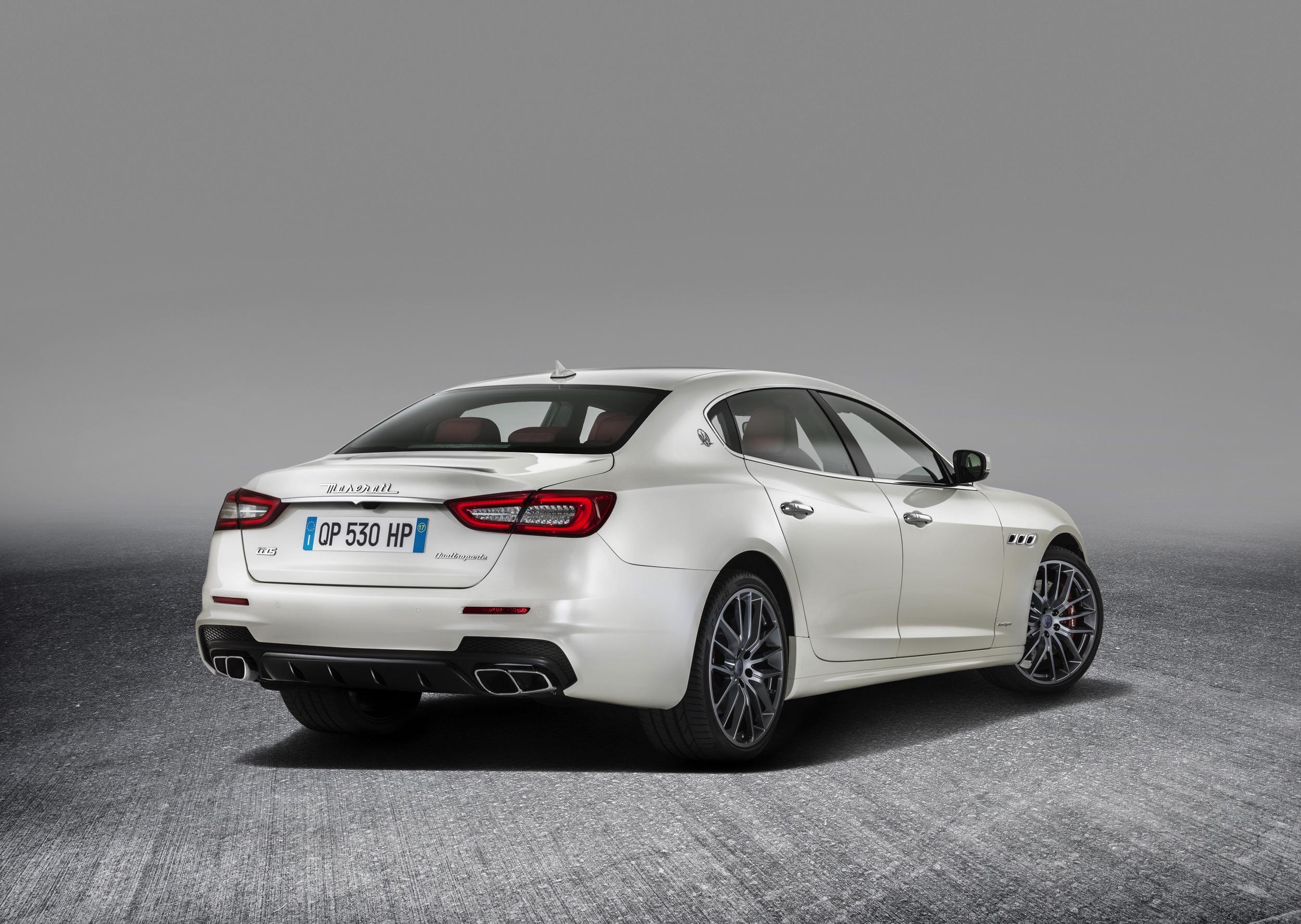 9- Maserati Quattroporte - Autovisie.nl