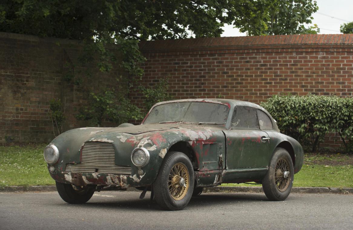 Aston Martin DB - Bonhams -2- Autovisie.nl