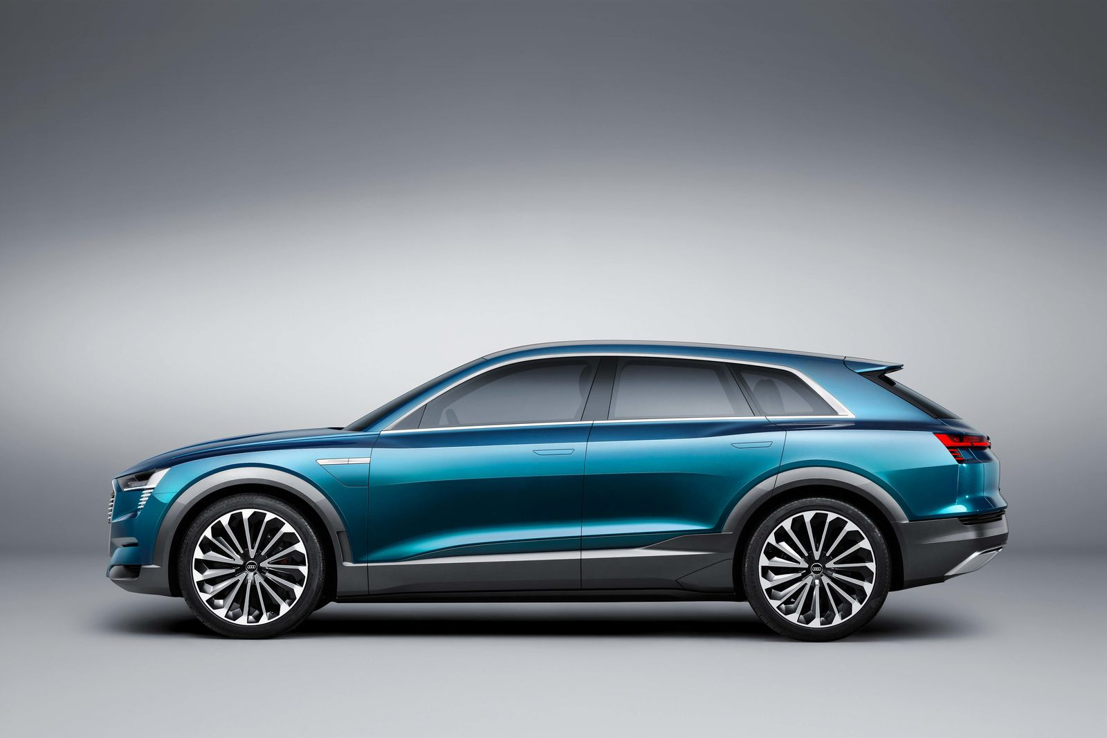Audi etron side autovisie.nl