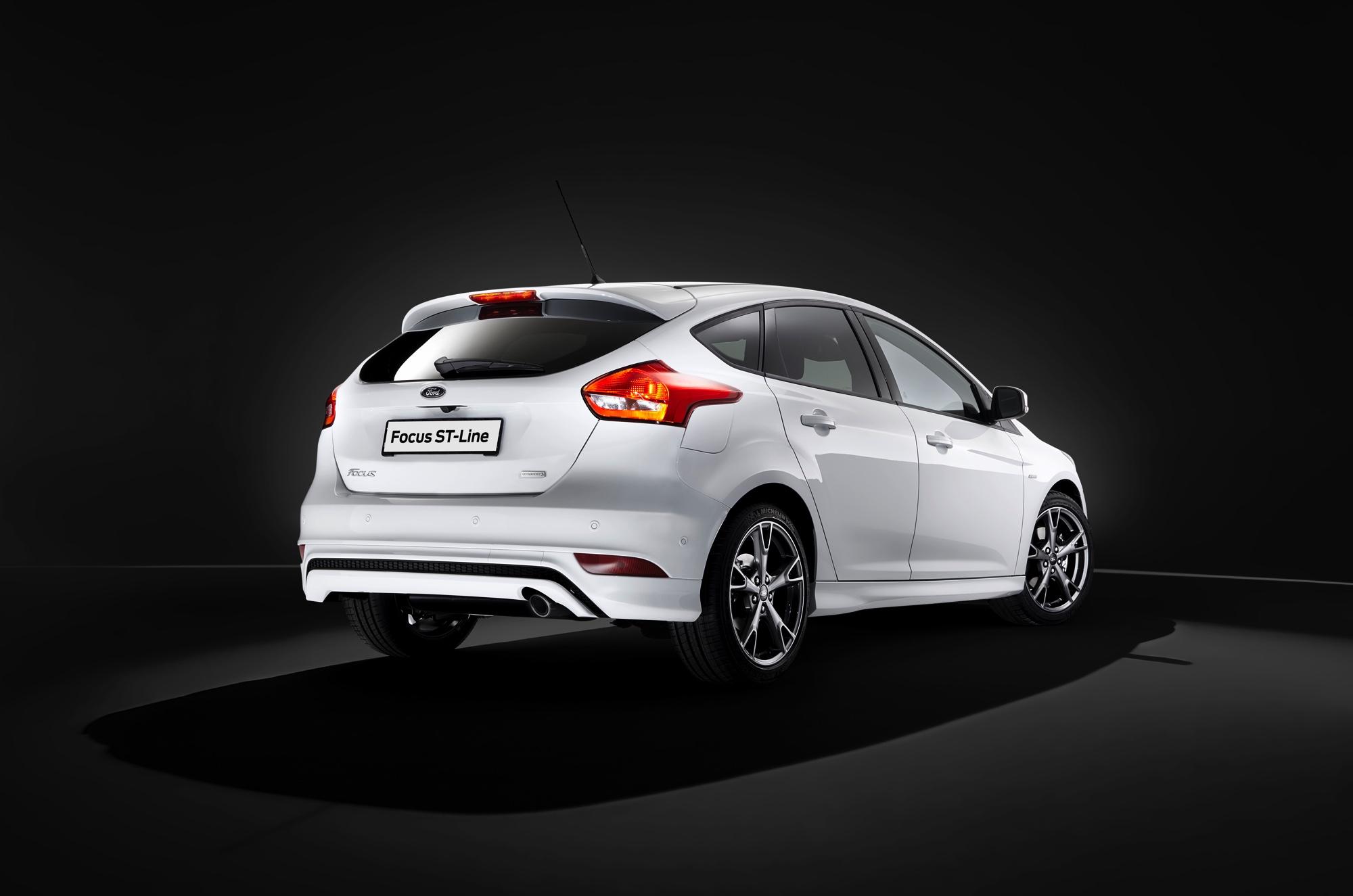 Ford Focus ST-Line -4- Autovisie.nl