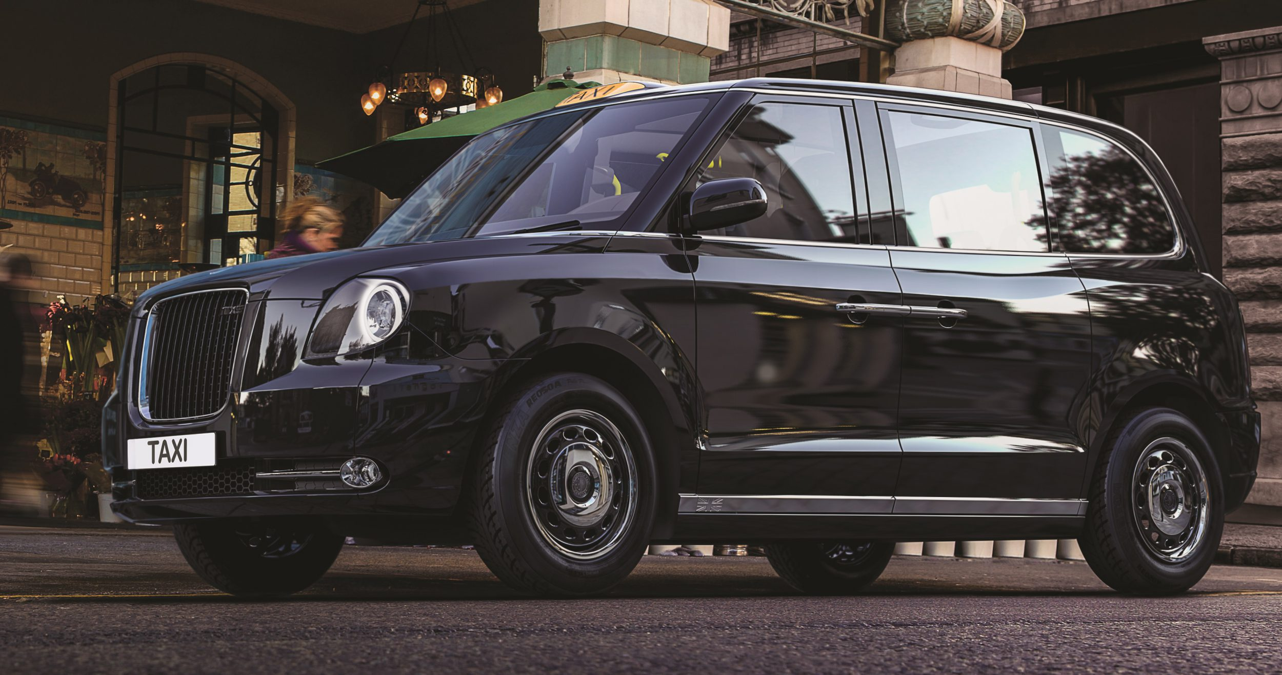 London Taxi Company TX5 - Autovisie.nl