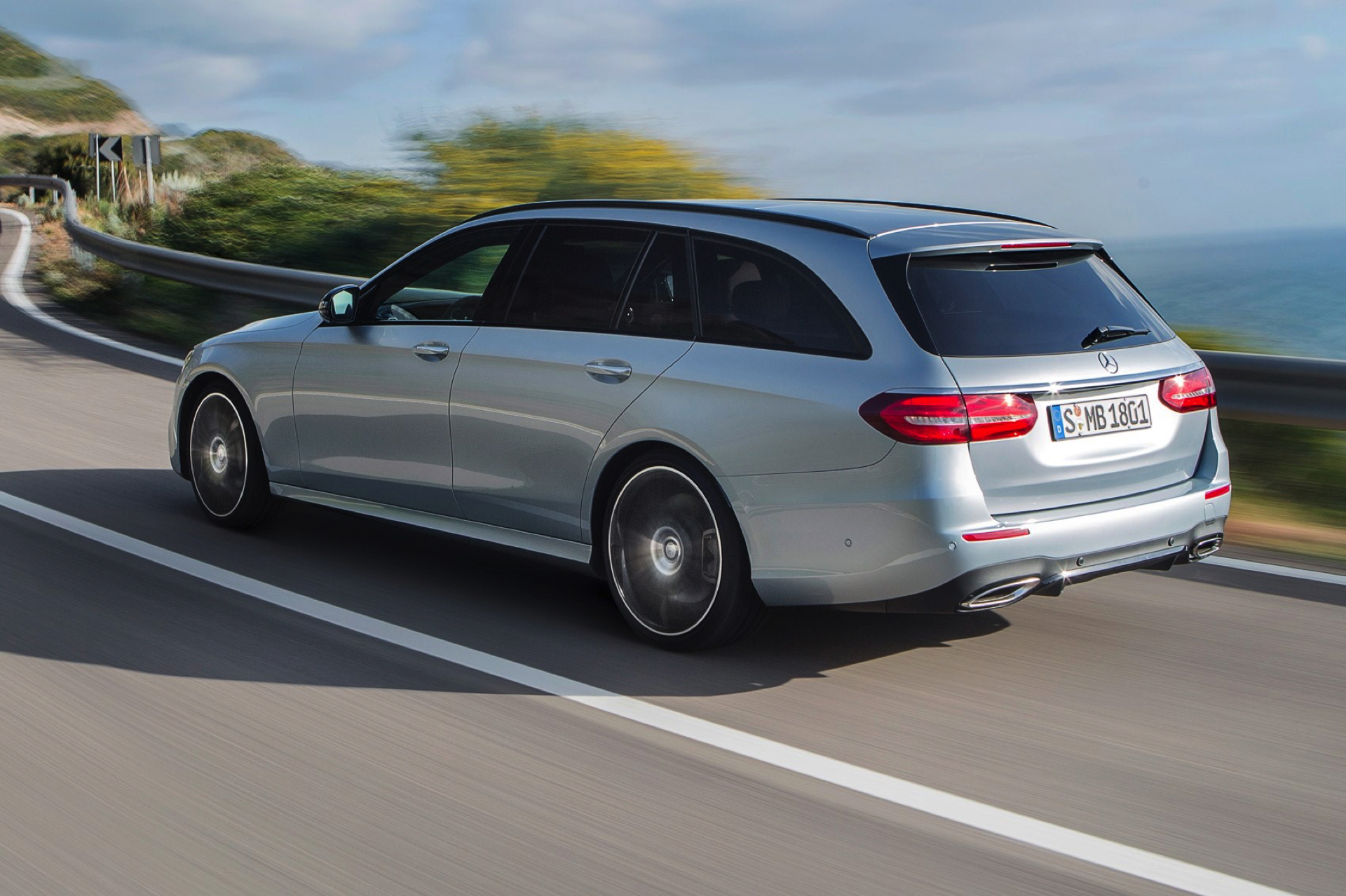 Mercedes-Benz E-Klasse Estate -8- Autovisie.nl