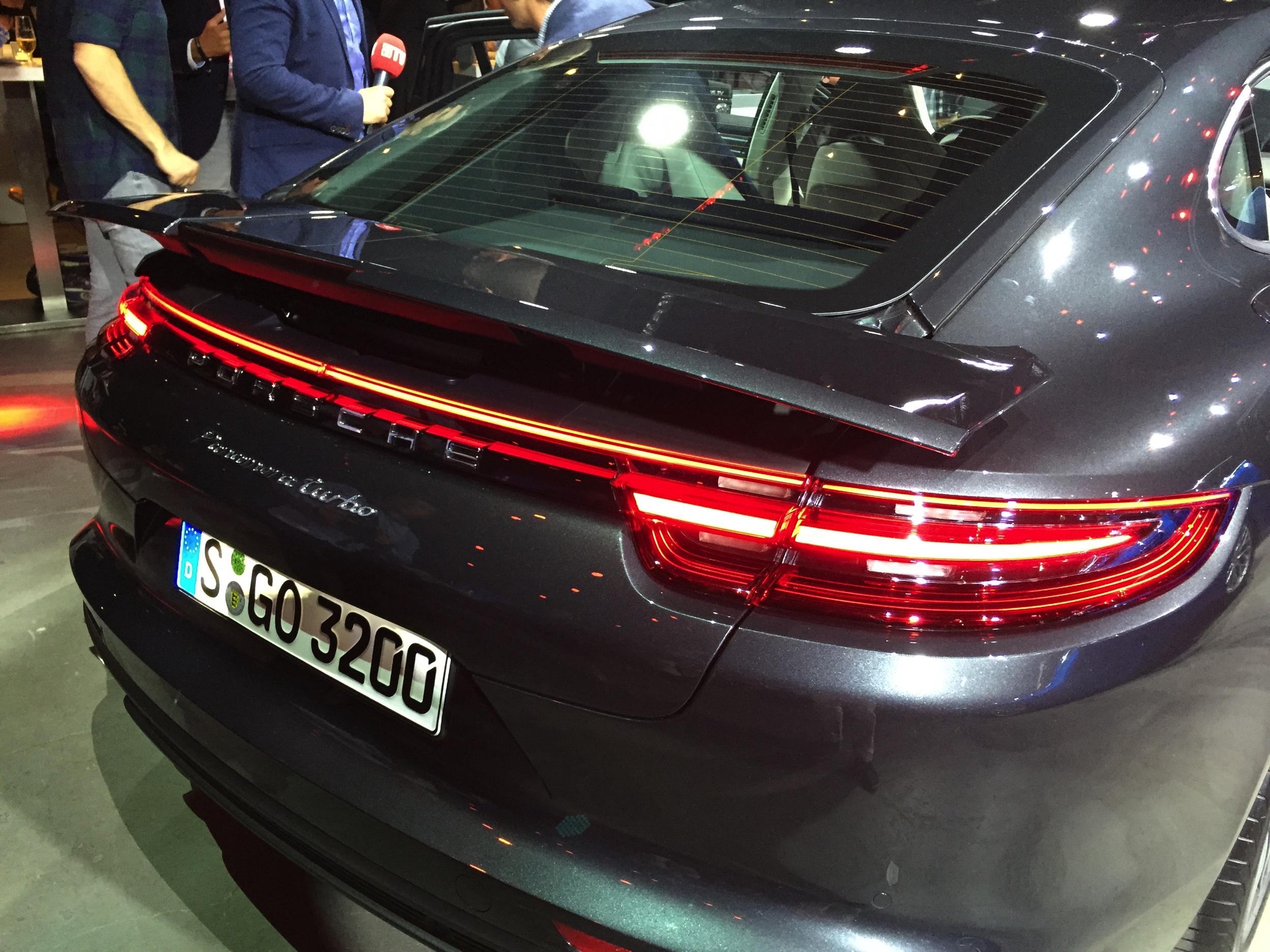 Porsche Panamera -3- Sjoerd van Bilsen - Autovisie.nl