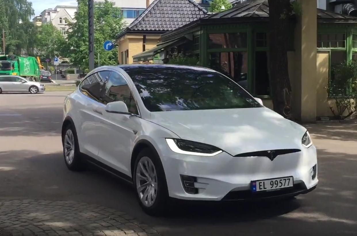 Tesla Model X - Autovisie.nl