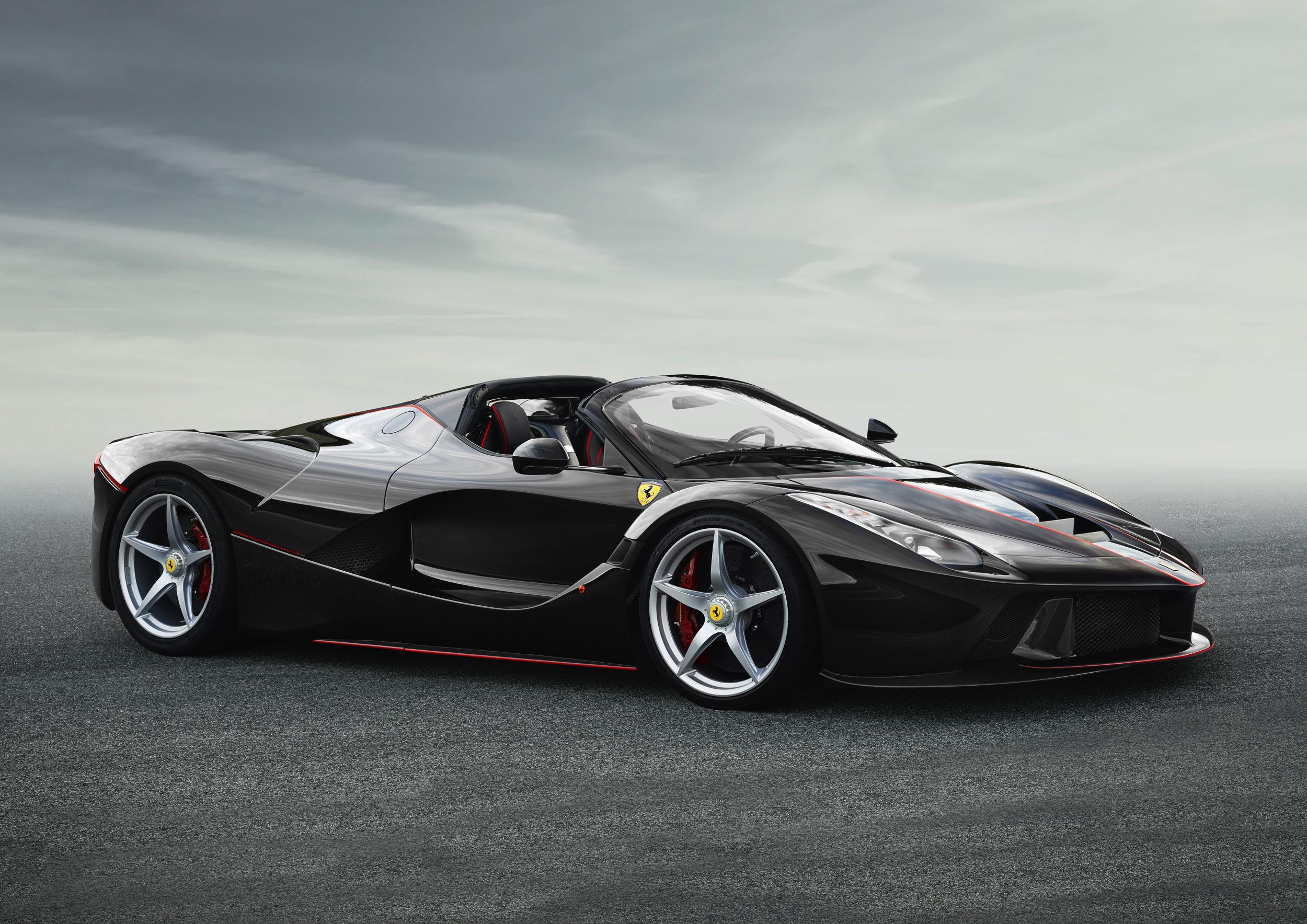 Ferrari LaFerrari Spider - Autovisie.nl - 2
