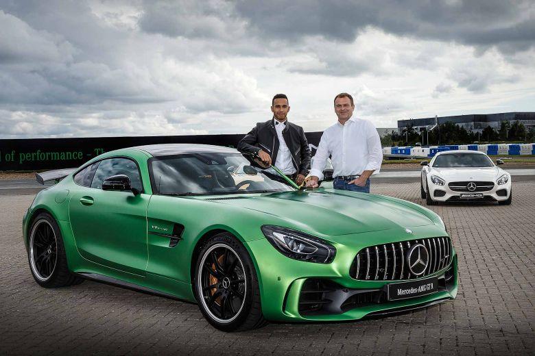 autovisie.nl Mercedes AMG Lewis Hamilton