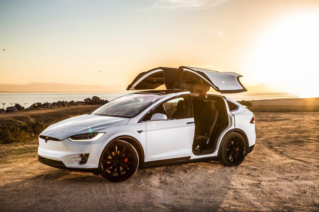 Tesla Model X - Autovisie Cars and Coffee XXL - Autovisie.nl