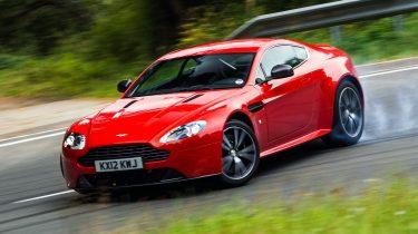 Throwback Thursday - Aston Martin V8 Vantage S - Peter Hilhorst - Autovisie.nl