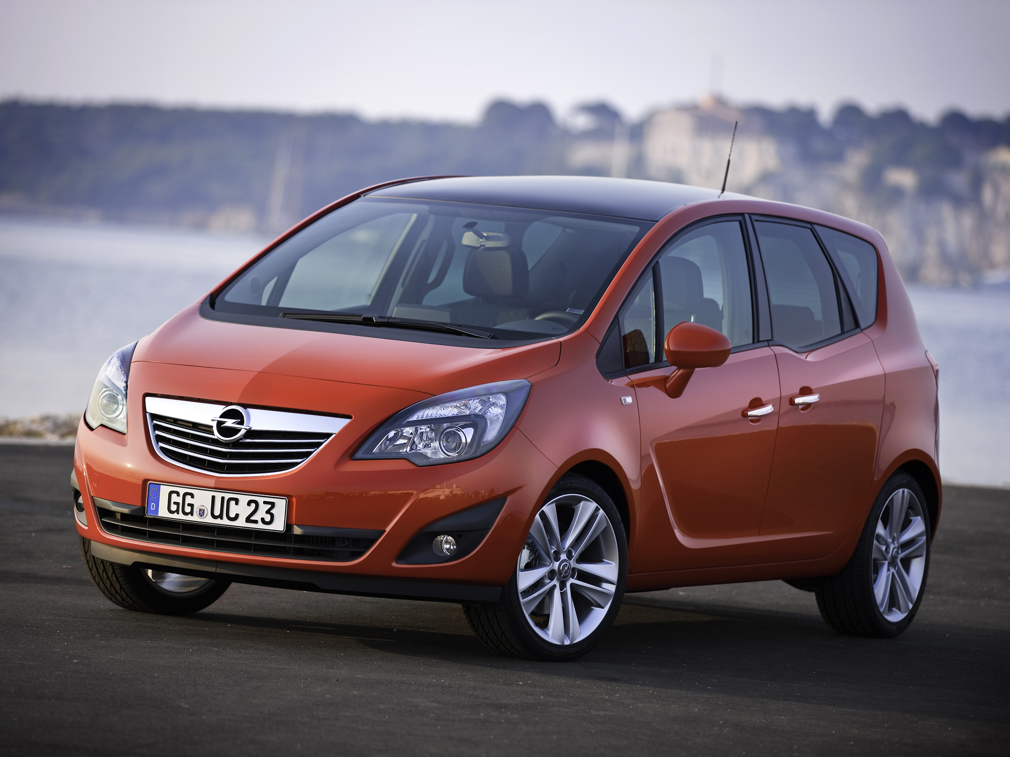 Dossier - Opel Meriva - Autovisie.nl