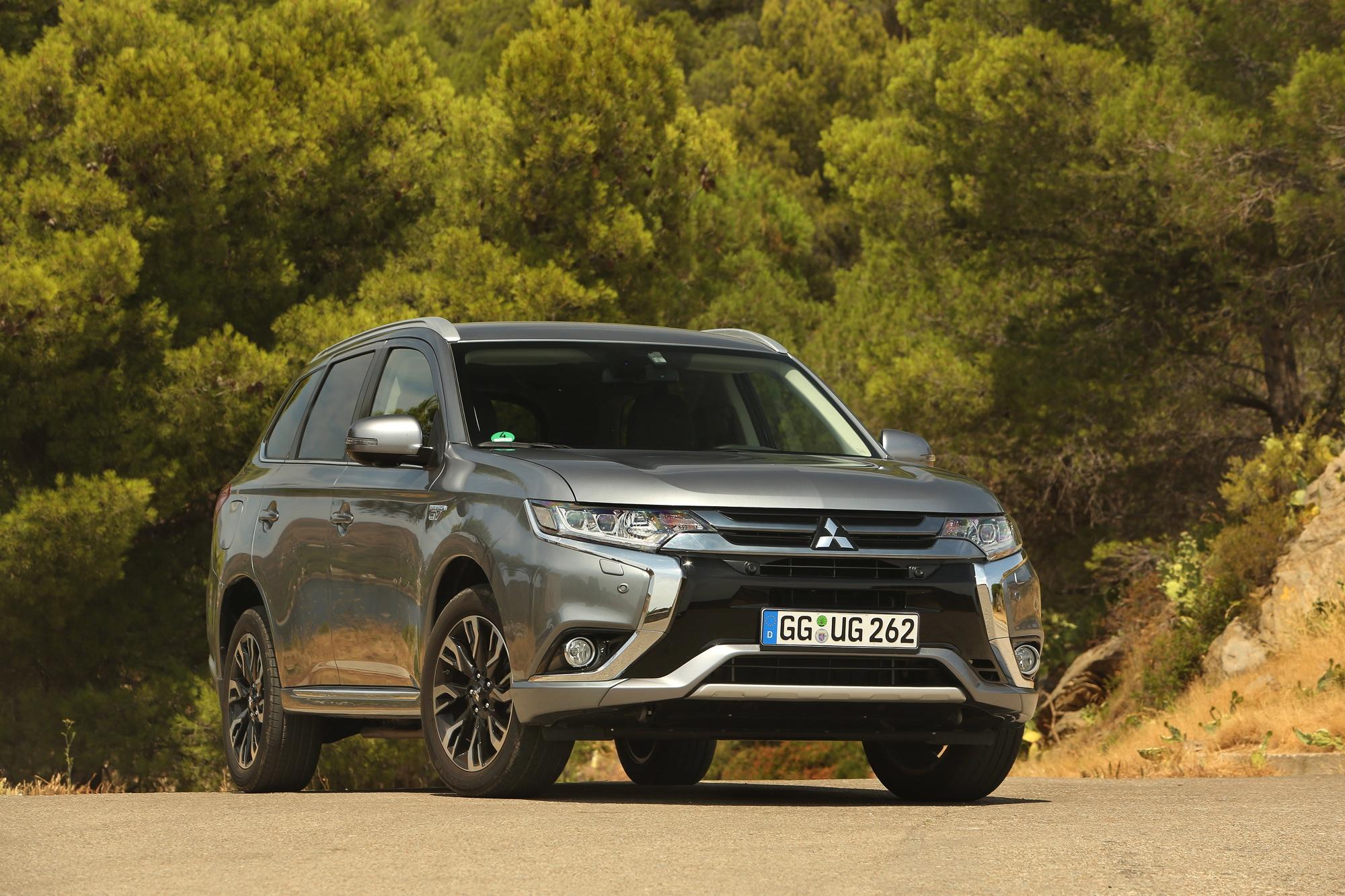 Mitsubishi Outlander PHEV - Autoverkopen 2016 - Autovisie.nl