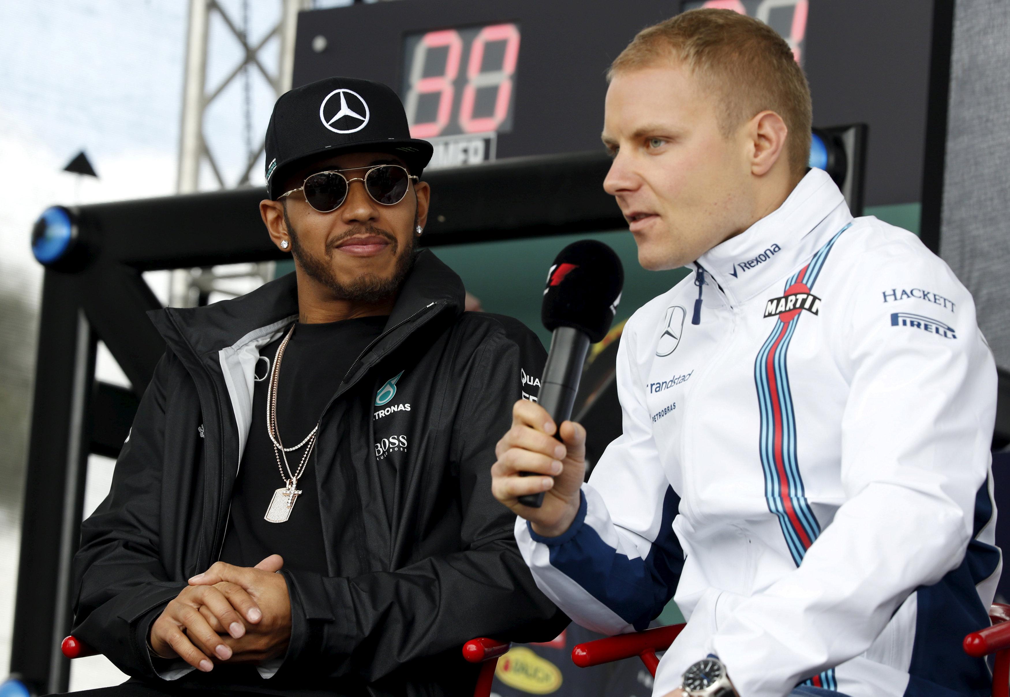 Valtteri Bottas - Lewis Hamilton - Reuters - Autovisie.nl