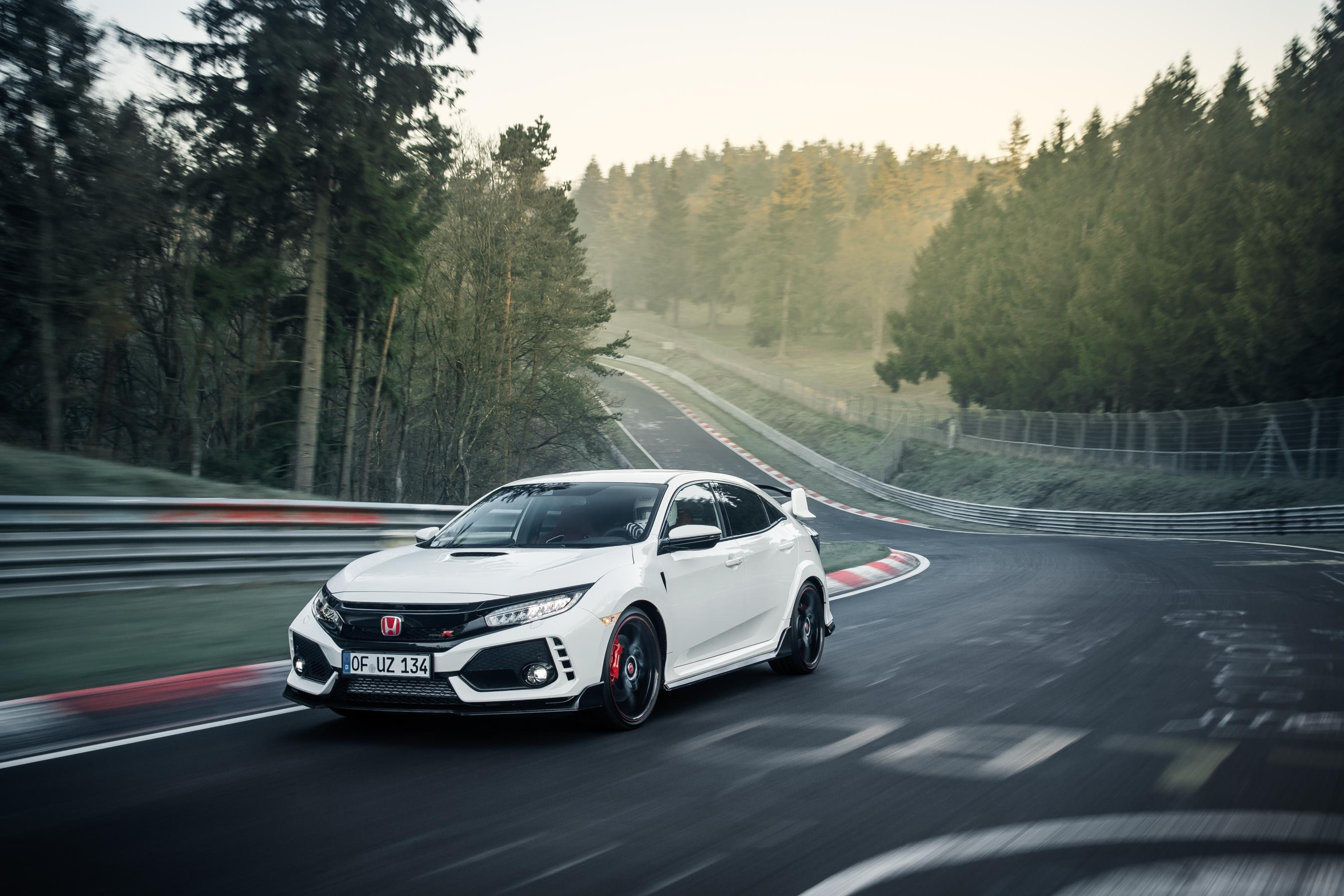 Honda Civic Type R Nurburgring - Autovisie.nl