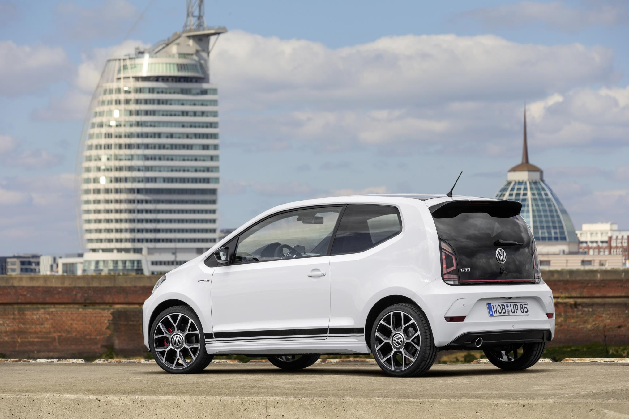 up-gti-concept-4