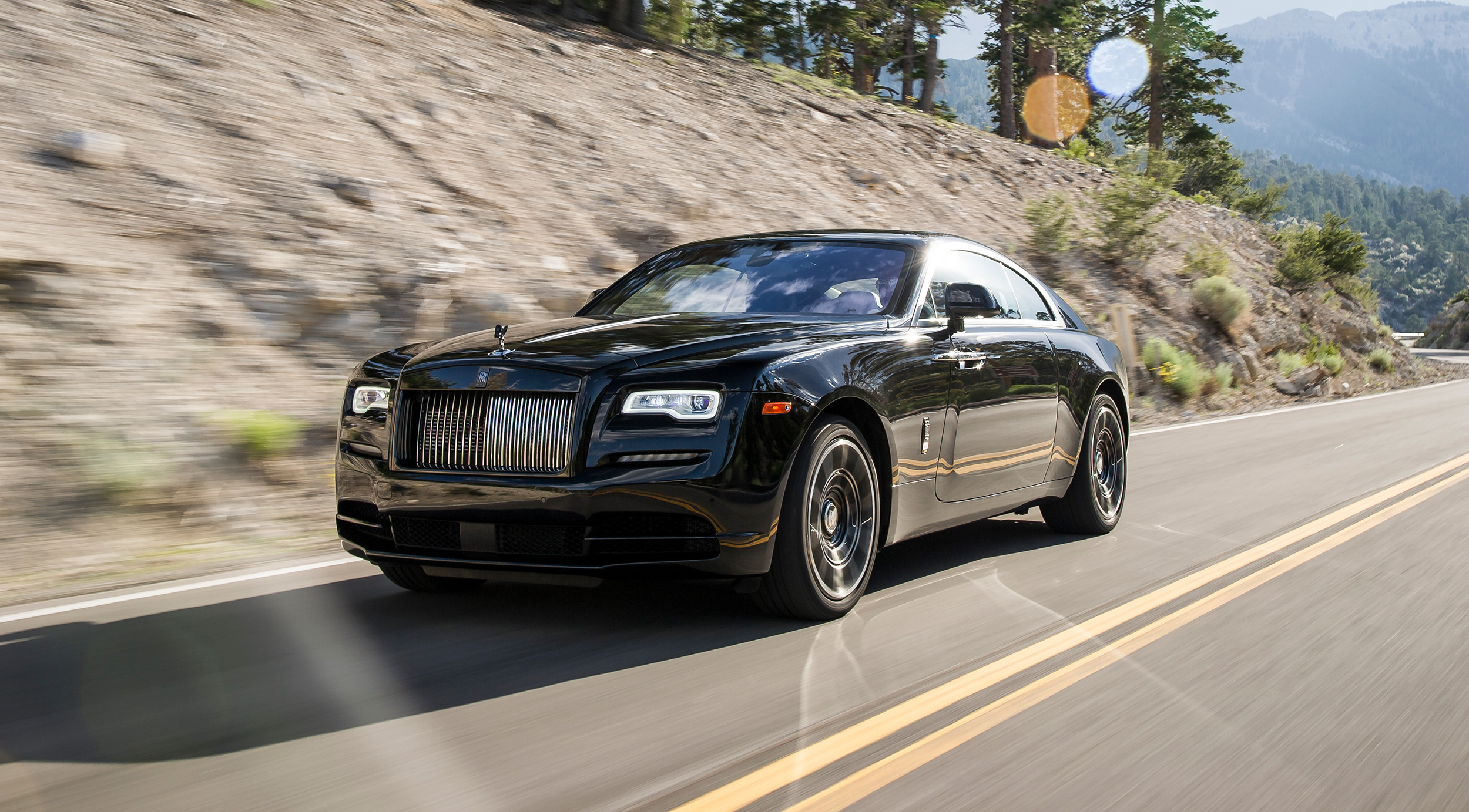 Rolls-Royce Wraith Black Badge 2017 - Autovisie.nl