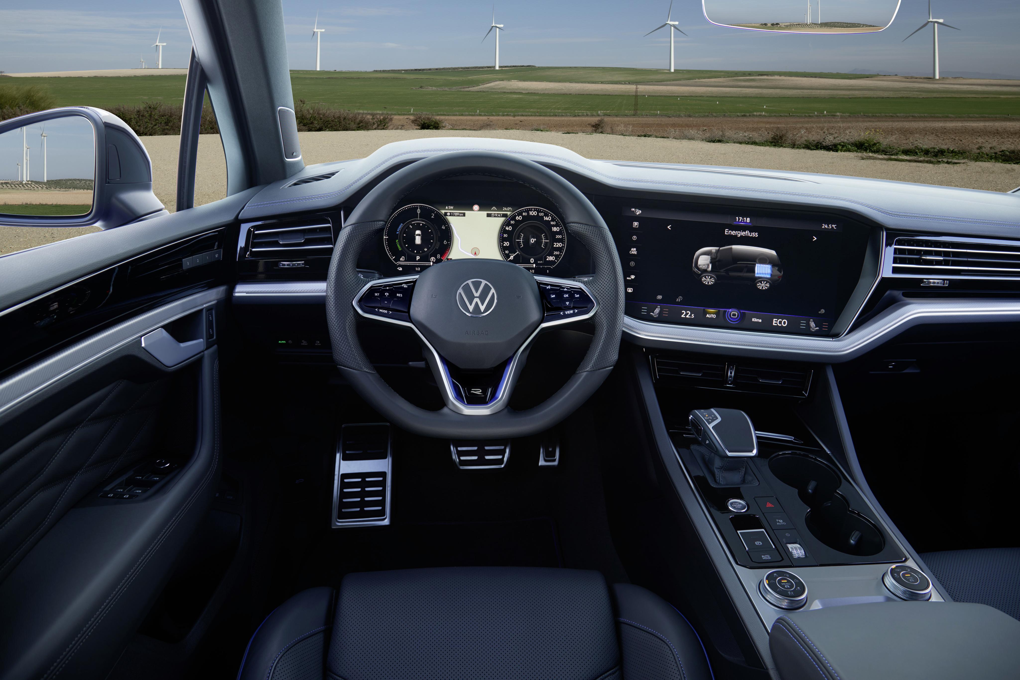 VW Touareg R interieur