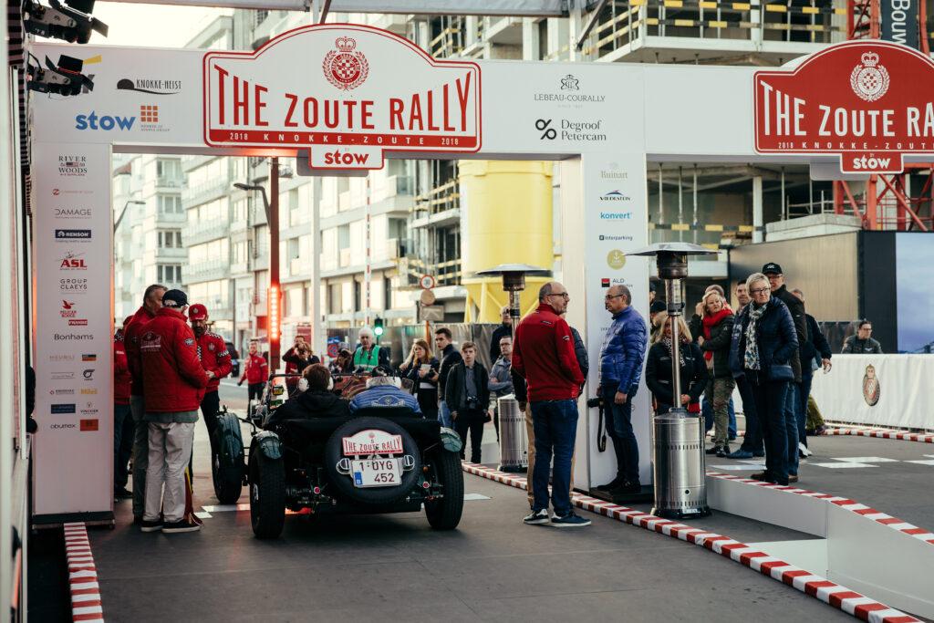Vlaams feestje: met een oldtimer doen we mee in de Zoute Rally