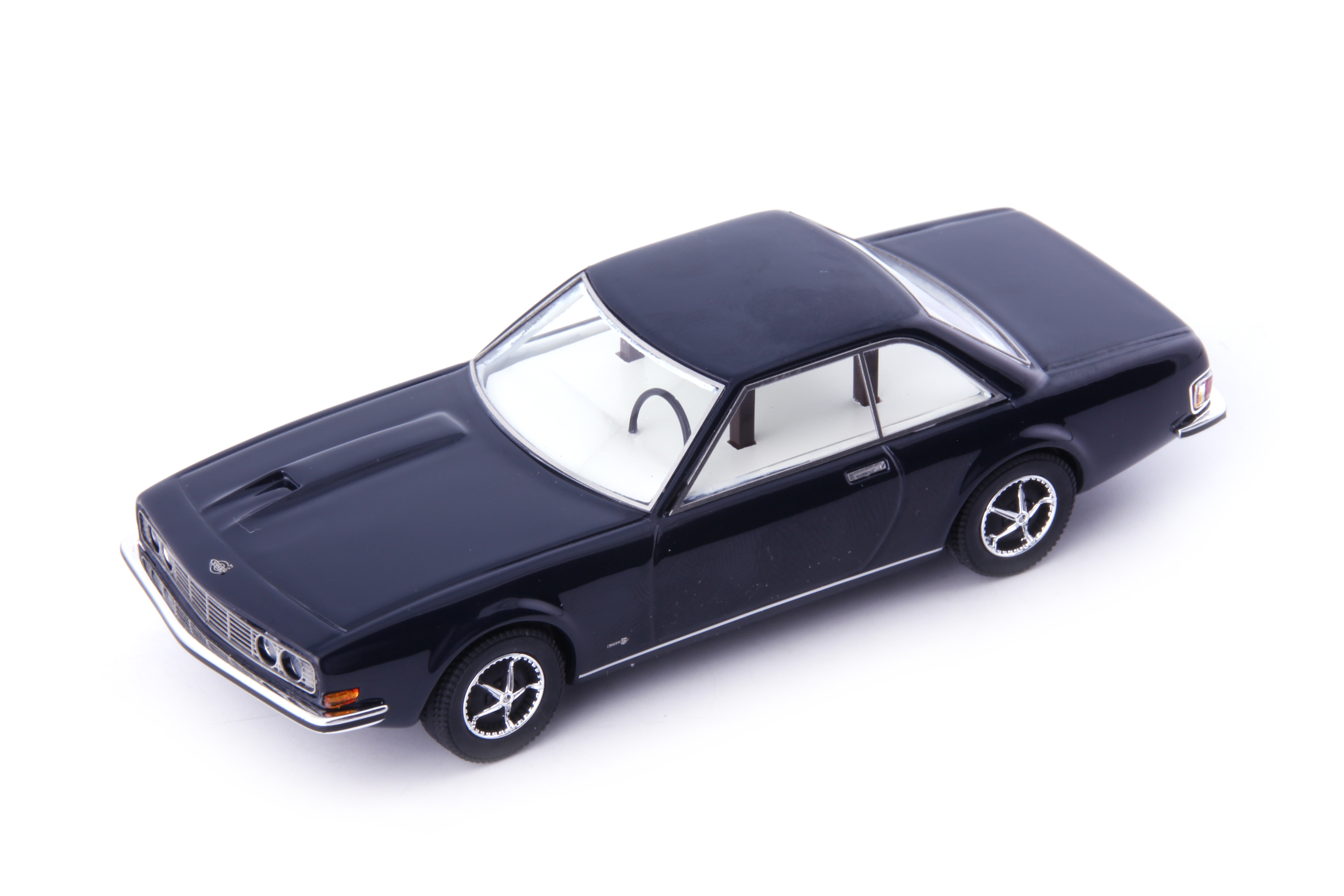 Must-haves: Volvo P172, Avenue43, 1:43