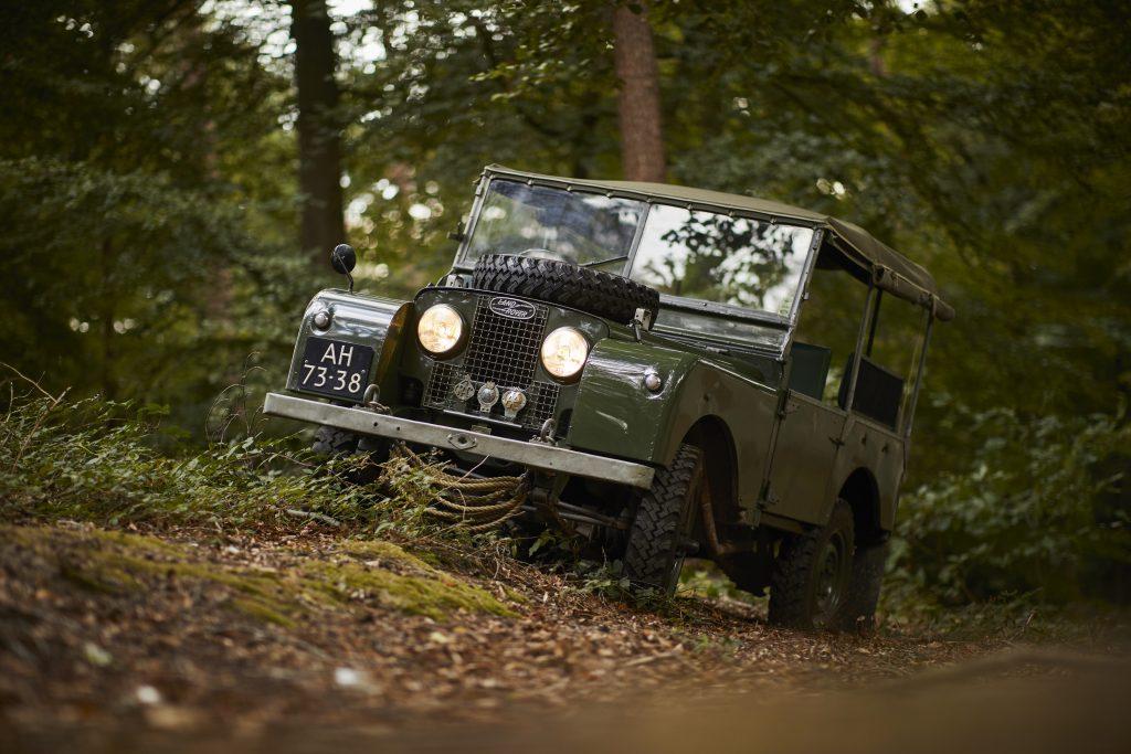 Land Rover I bos