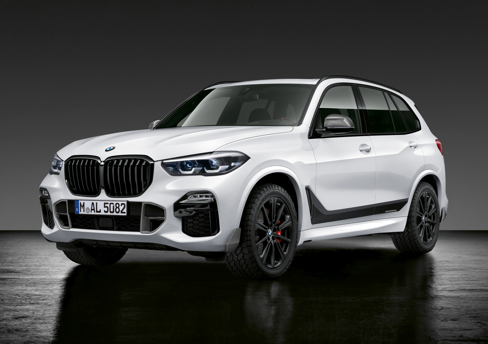 BMW X5 M Performance Parts 2019
