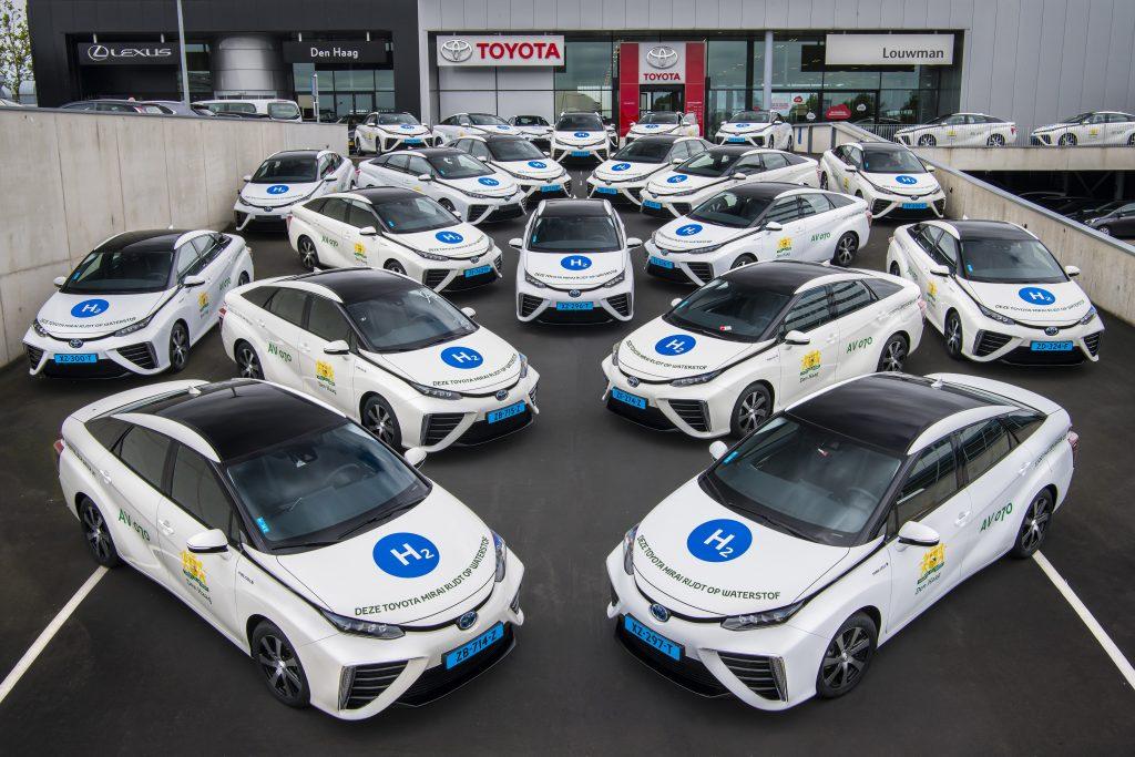 Taxivloot op waterstof met 35 Toyotas Mirai