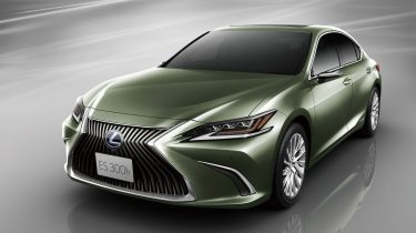 lexus-es300h-green-hybrid-rear-view-cameras-2018-1