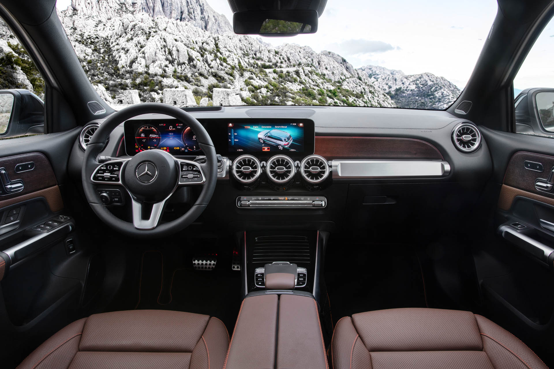 Mercedes-Benz GLB MBUX