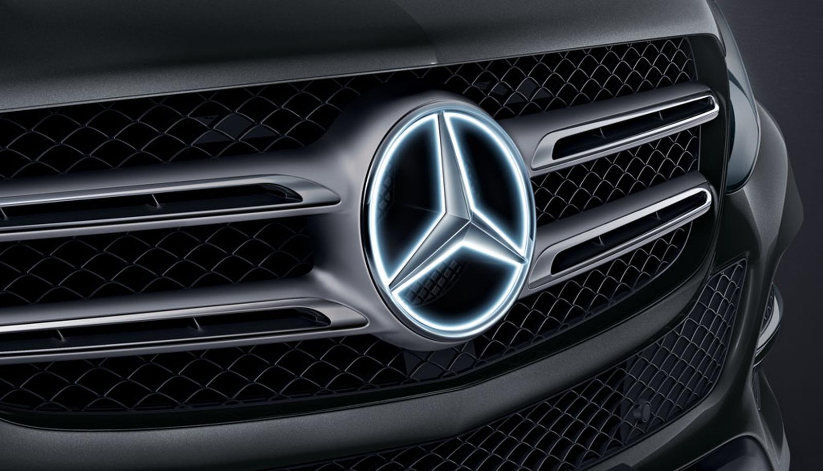 Mercedes-Benz ster verlicht