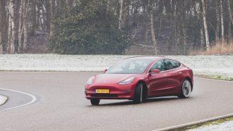 Tesla Model 3 (16 van 90)