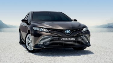 Toyota Camry Hybrid Europa Foto 6